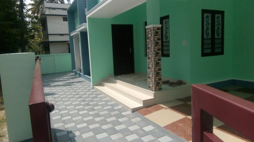 New 1000 sqft, 3bhk House for sale at Paravur, 35 Lakhs - House for